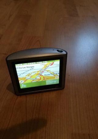 GPS TomTom perfectamente tiene todo