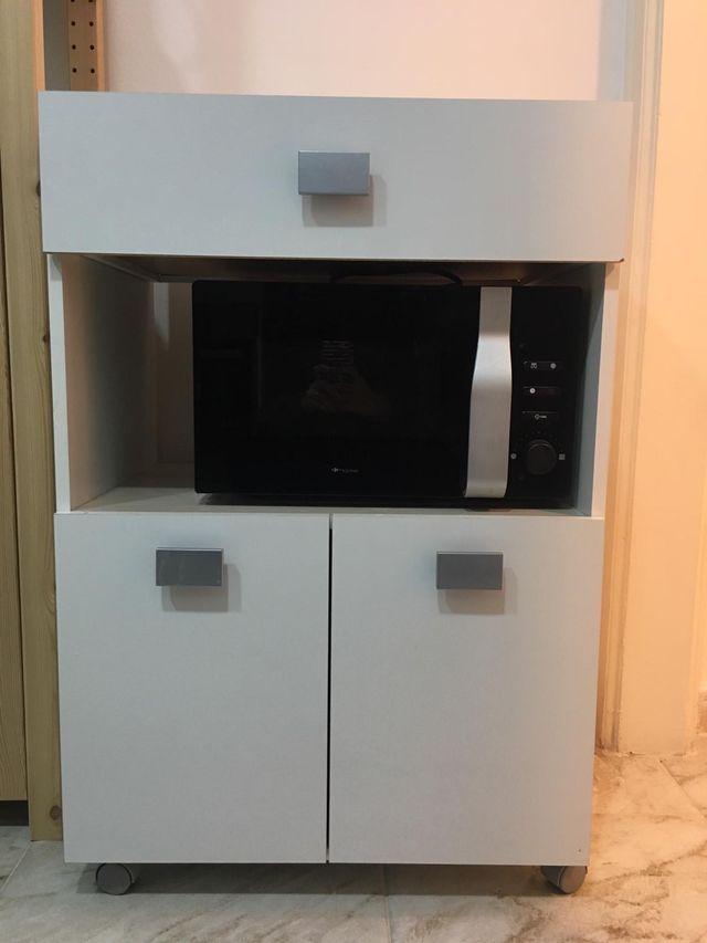 Mueble auxiliar cocina de segunda mano por 49,9 € en Barcelona en ...
