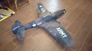 avion rc P38