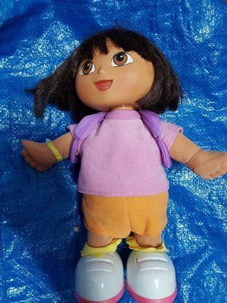 Muñeca de Dora