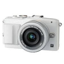 Olympus PEN E-PL6 Mirrorless Camara + 14-42mm