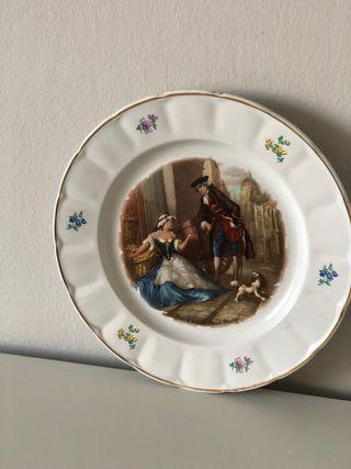 Plato porcelana decorativo damas