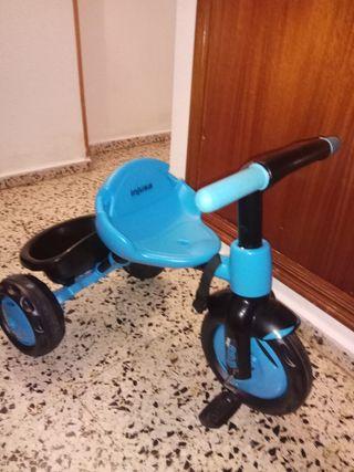 Se vende triciclo