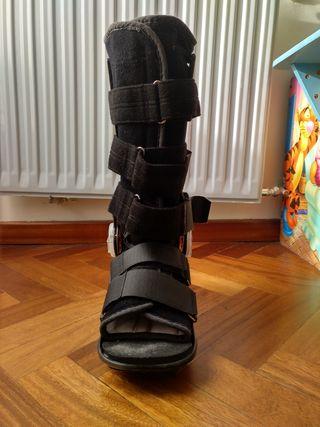 Bota ortopédica regulable