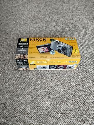 Cámara Nikon Coolpix L25