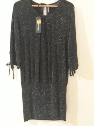 vestido de fiesta negro con brillo plateado nuevo