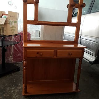 mueble perchero con espejo y cajones