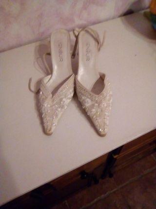 zapatos de novia con pedreria de segunda mano en la provincia de