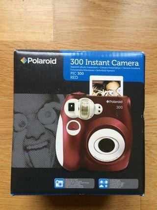 Camara Polaroid PIC 300 Instant Camera Red. Color