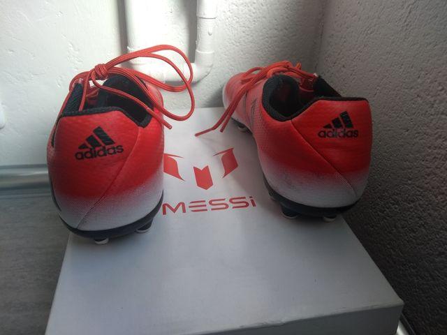 Botas futbol Adidas Messi