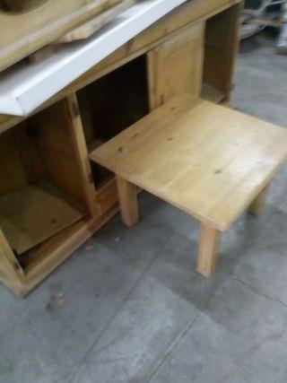 mesa de rincon madera clara