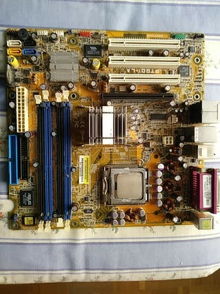 Placa base Compaq Presario con CPU Pentium