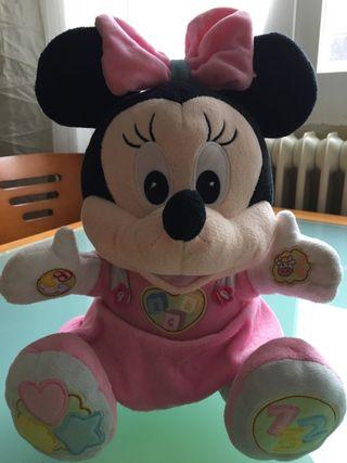 Muñeca Minnie Mouse