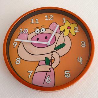 Reloj pared infantil dibujo cerda.