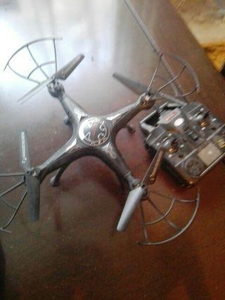 Dron con camara casi nuevo