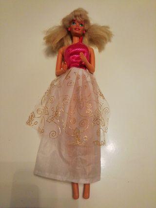 Barbie antigua