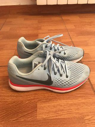 Deportivas Nike talla 41,5