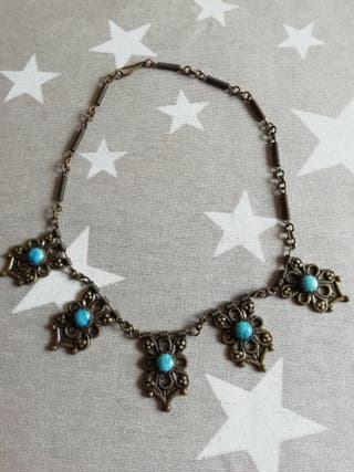 collar búlgaro turquesas