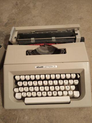 Maquina escribir antigua olivetti