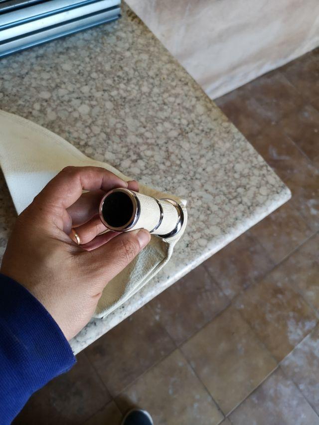 cerquillo freno de mano piel blanca