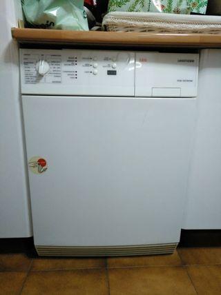 Secadora AEG Lavatherm 57520-W
