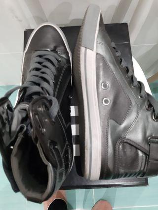 Zapatillas casual grises Zara