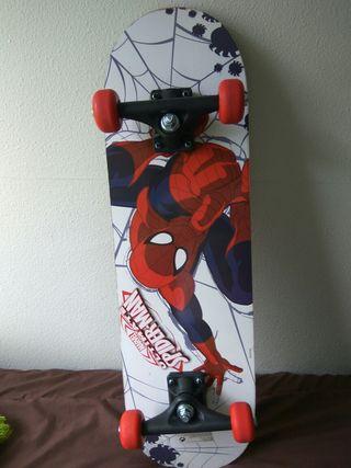 skate/patinete/monopatín Spiderman