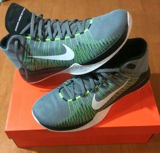 Zapatillas Nike Zoom Ascention Nuevas