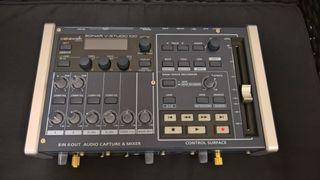 Tarjeta sonido Roland VS-100 fader motorizado