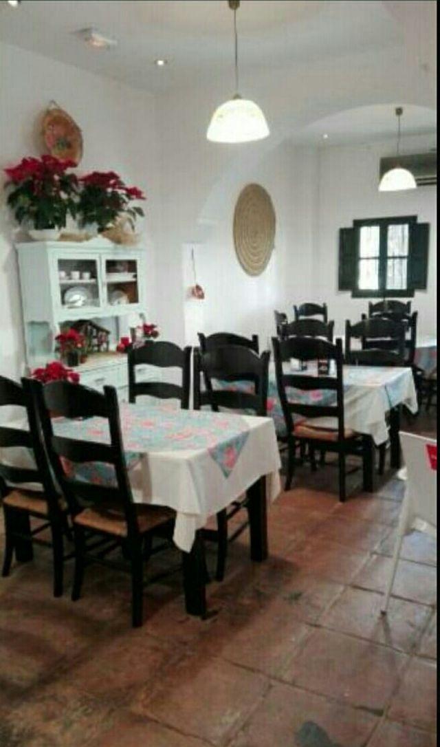 Mesas Y Sillas Para Restaurante De Segunda Mano En Sevilla En Wallapop