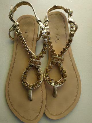 sandalias para mujer con piedras decorativas
