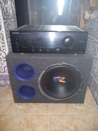 subwofer y amplificador y DVD de casa