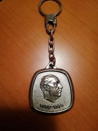 Llavero fundación Francisco Franco