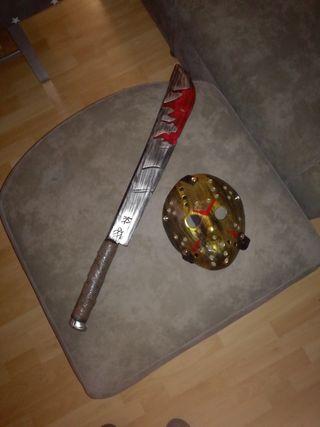 Máscara de Jason dorad y machete