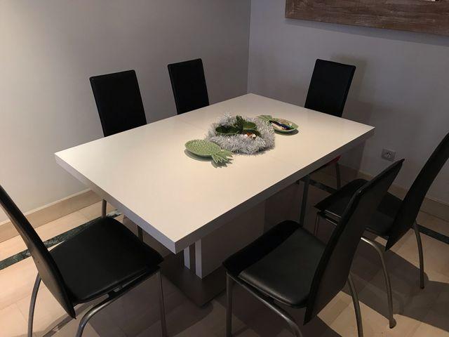 Conjunto Mesa y sillas comedor de segunda mano por 350 € en Encinar ...