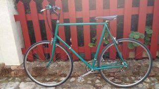 bicicleta de carreras antigua modificada
