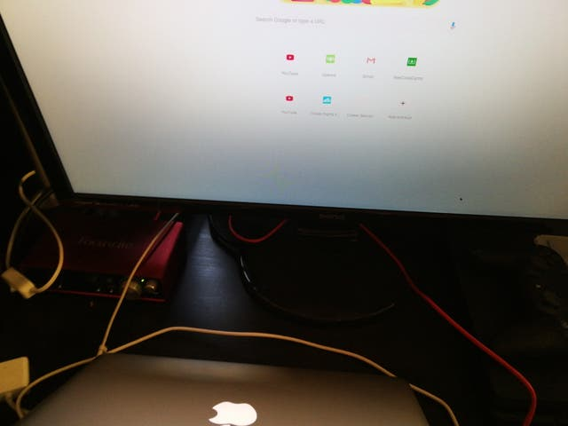 "BENQ 27"" Monitor screen"