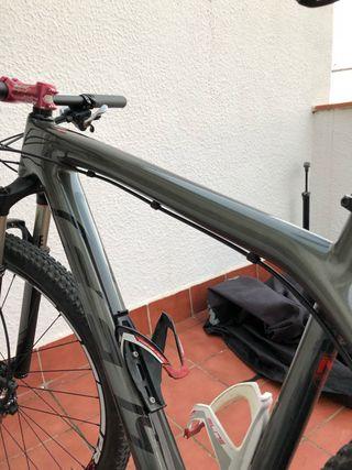 "Bicicleta felt Nine 3 2014 29"" modificada"