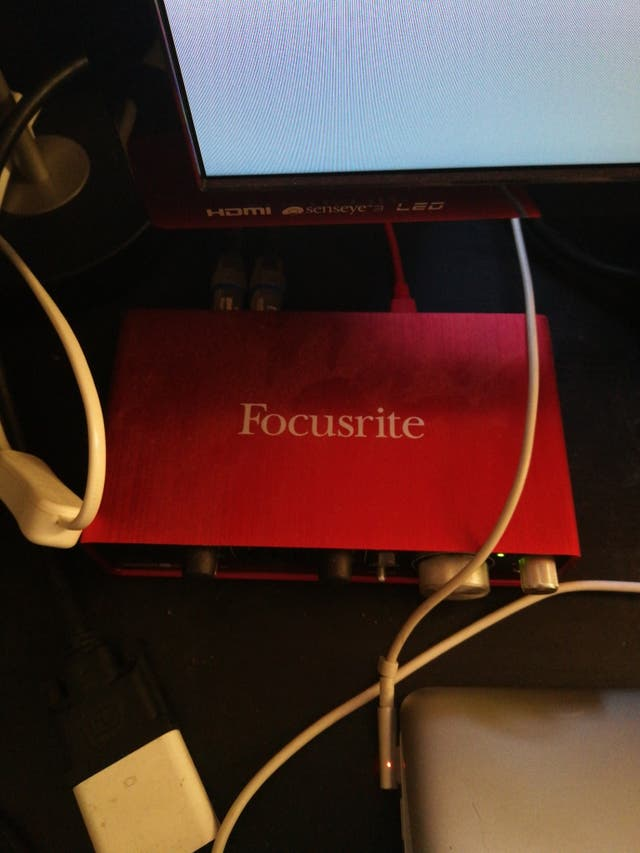 Focusrite Scarlett2i2 sound card