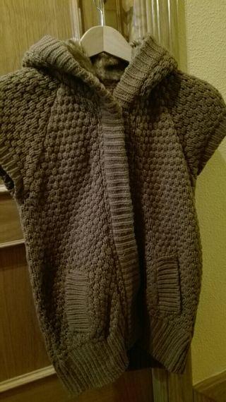 (Nueva) Chaqueta marrón Zara capucha
