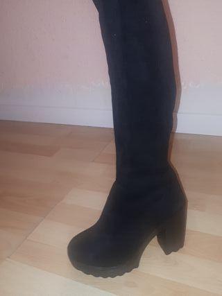 Botas altas mujer n 39 Zara piel de segunda mano por 10 € en