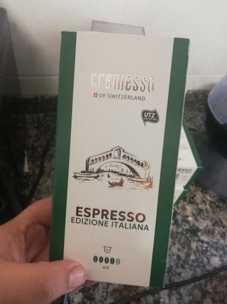 cafetera cremesso