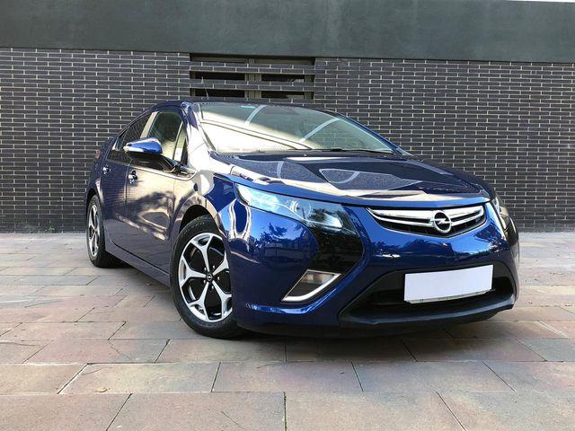 Coche eléctrico cero emisiones. Opel Ampera 2012