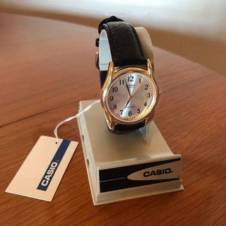 Reloj clásico CASIO