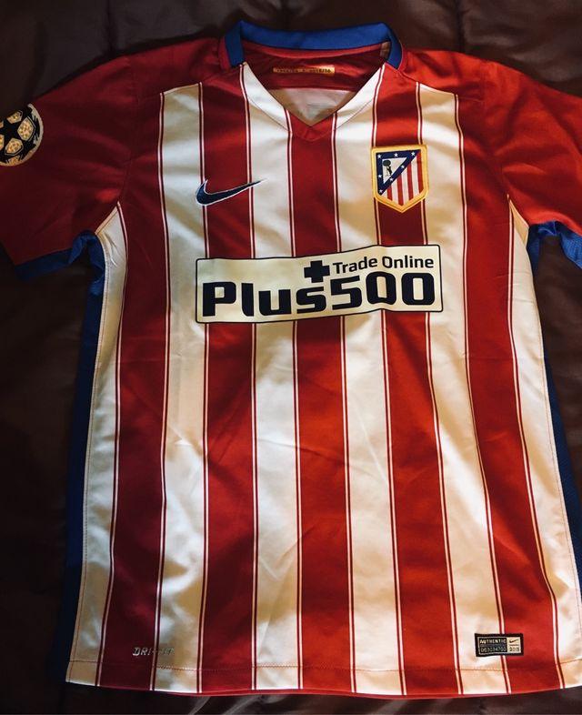 931d3808343aa Camiseta Atlético Madrid 2015-2016 Godín de segunda mano por 21 € en ...