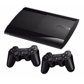 Playstation 3. Con 3 mandos