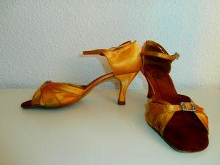 Zapatos de baile de salón num. 40 en buen estado