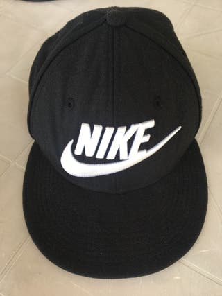 Gorra Nike de segunda mano en Alcalá de Henares en WALLAPOP 1c711d9438a