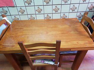 Mesa cocina y 4 sillas