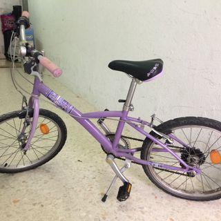 Bicicleta junior (morada?